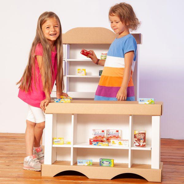 Build and colour shop