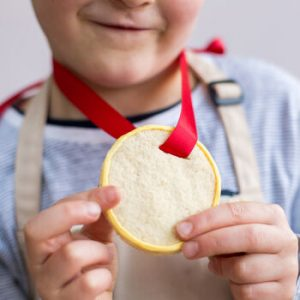 bake a medal biscuit kit