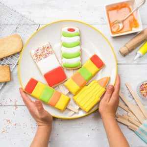 lollipop bake and craft kit